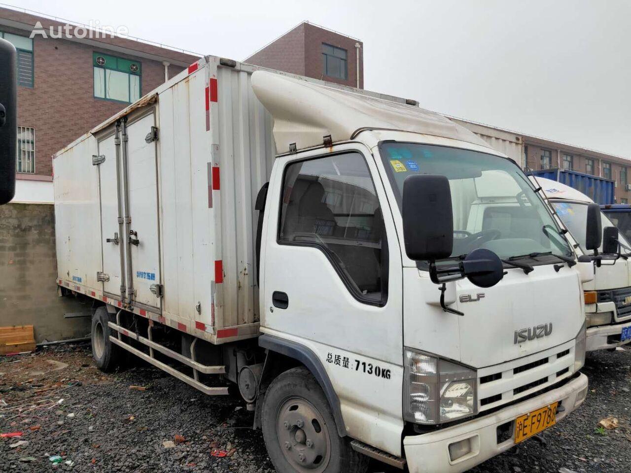 شاحنة مقفلة ISUZU ELF 7.5