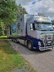 شاحنة نقل المواشي VOLVO
