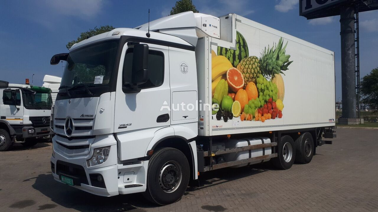 شاحنة التبريد MERCEDES-BENZ ACTROS 2542 German brief