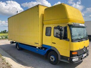 شاحنة مقفلة MERCEDES-BENZ 818L ATEGO