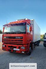 شاحنة التبريد DAF 95 360 ATI left hand drive ZF manual pump 19 ton