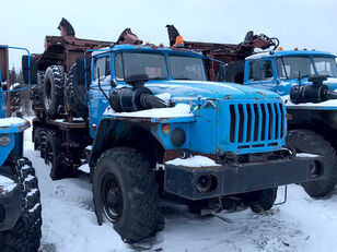 شاحنة نقل الأخشاب Уралпромтехника Уралпромтехника 59601В